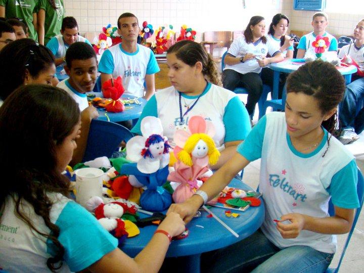 Alunos participam do Programa Miniempresa